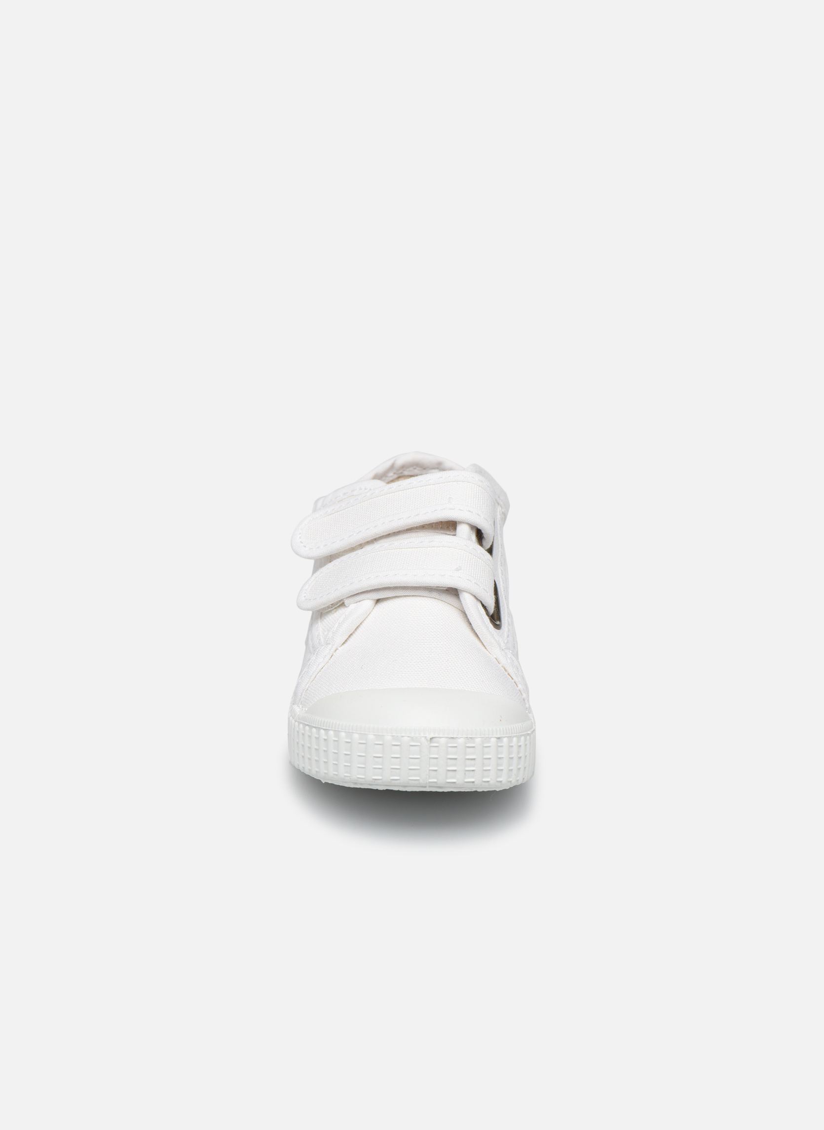 Trainers Victoria Basket lona Dos Velcos White model view