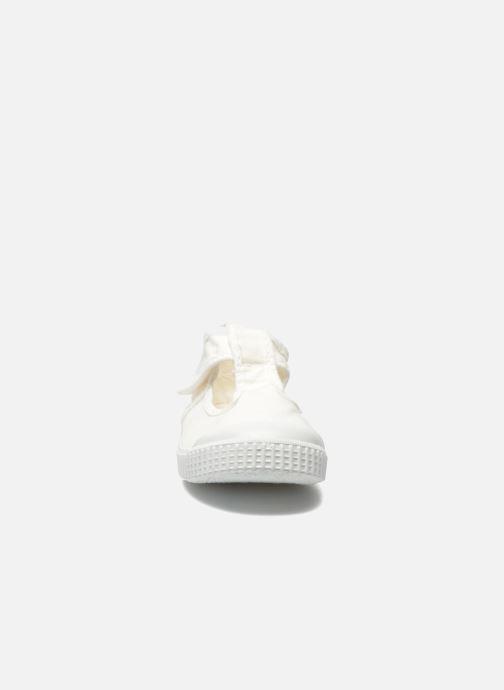 Baskets Victoria Sandalia Lona Tintada Velcr Blanc vue portées chaussures