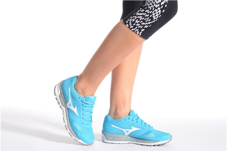 Chaussures de sport Mizuno Mizuno Synchro MX W Bleu vue bas / vue portée sac