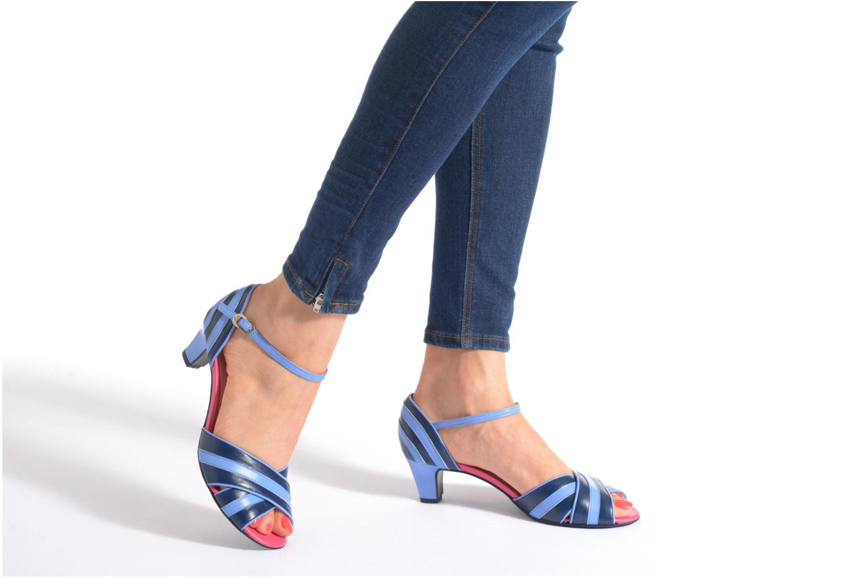 Sandales et nu-pieds Annabel Winship Rastafari Bleu vue bas / vue portée sac
