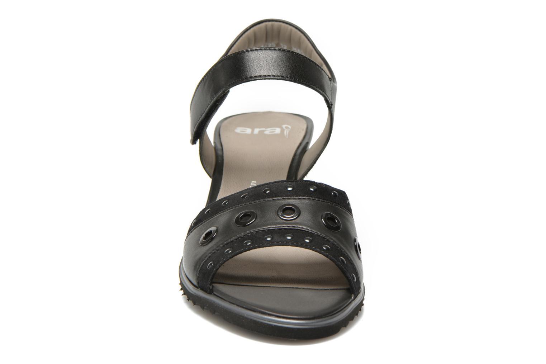Sandales et nu-pieds Ara Gresa Noir vue portées chaussures