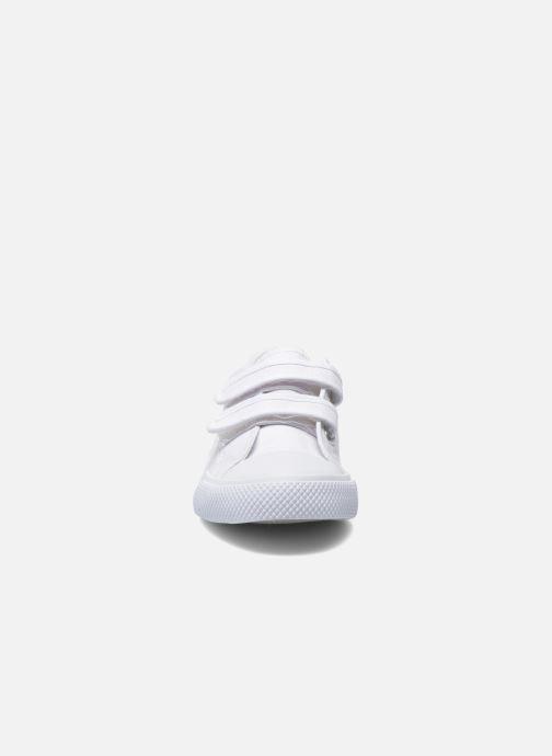 Sneakers Minibel Estival Bianco modello indossato