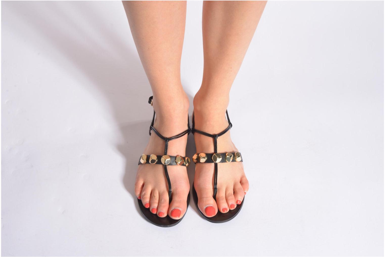 Sandales et nu-pieds Aldo YELLA Noir vue bas / vue portée sac