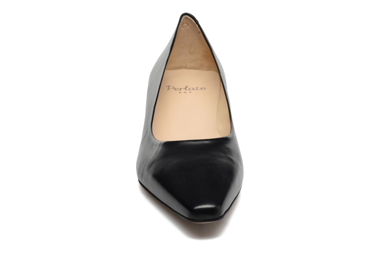 Escarpins Perlato Andreana Noir vue portées chaussures