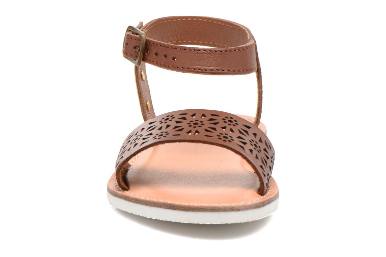 Sandales et nu-pieds Les Tropéziennes par M Belarbi Mandy Marron vue portées chaussures