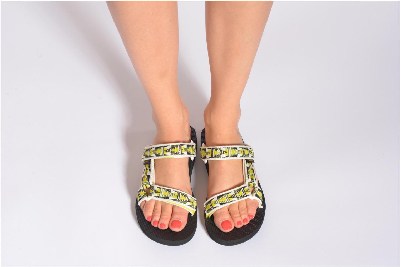 Clogs & Pantoletten Teva Universal Slide W mehrfarbig ansicht von unten / tasche getragen