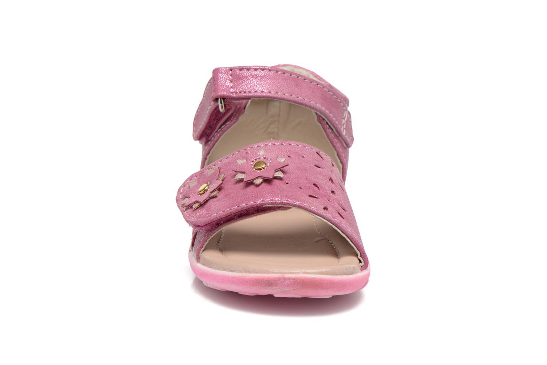 Sandali e scarpe aperte NA! Reine Rosa modello indossato
