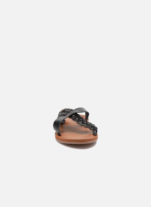 Mules & clogs Roxy Sol Black model view