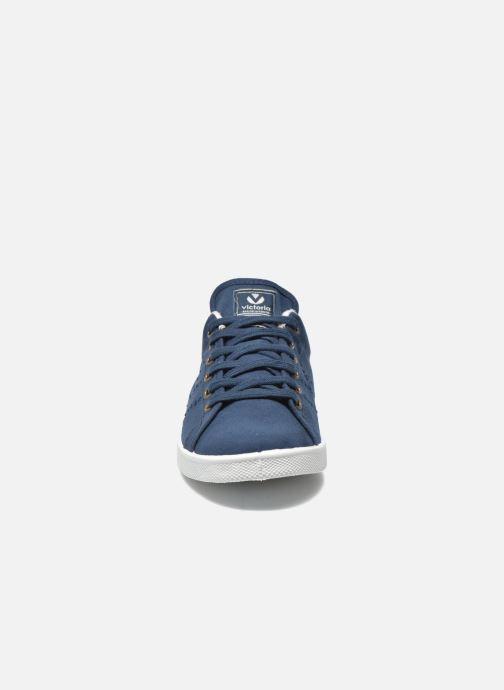 Baskets Victoria Deportivo Basket Lona Tinta Bleu vue portées chaussures