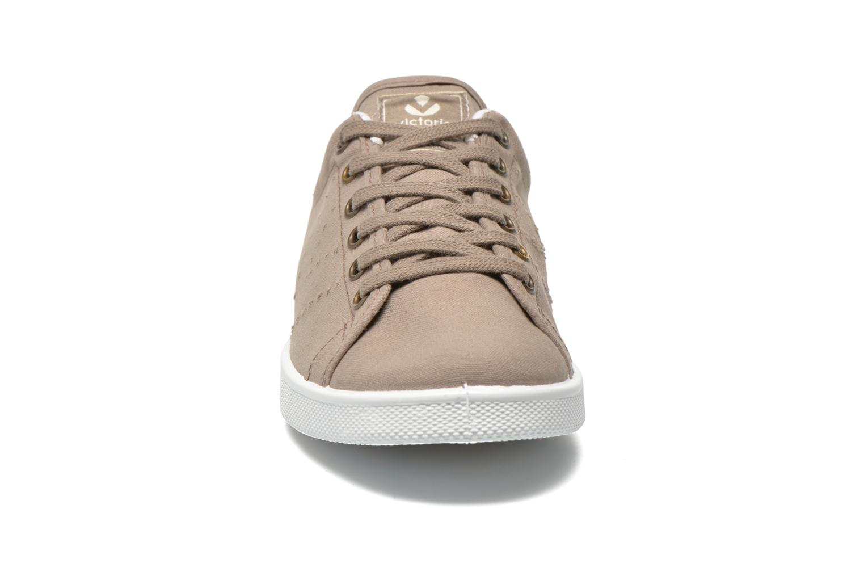 Baskets Victoria Deportivo Basket Lona Tinta Beige vue portées chaussures
