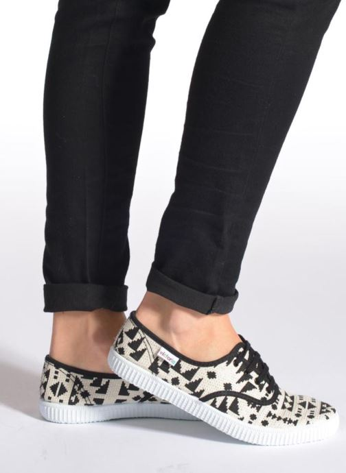 Trainers Victoria Ingles Geometrico Lurex Black view from underneath / model view