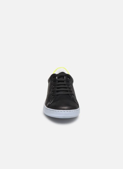 Baskets Yep Eden Noir vue portées chaussures