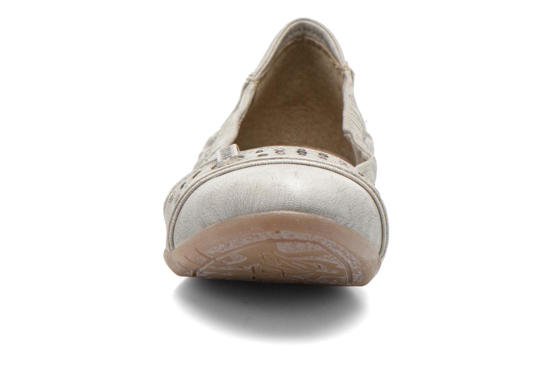 Ballerine Mustang shoes Lisle Grigio modello indossato