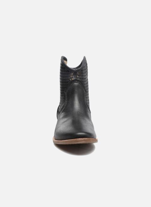 Bottines et boots Geox D ELIXIR E D62C7E Noir vue portées chaussures