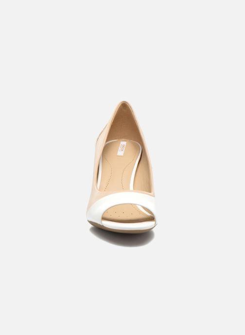 Escarpins Geox D AUDIE D D621TD Beige vue portées chaussures