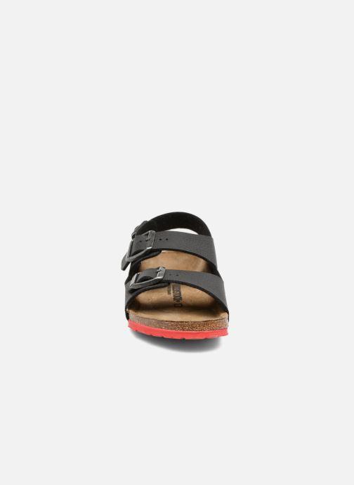 Sandali e scarpe aperte Birkenstock Milano Kids Nero modello indossato 68108e40aee