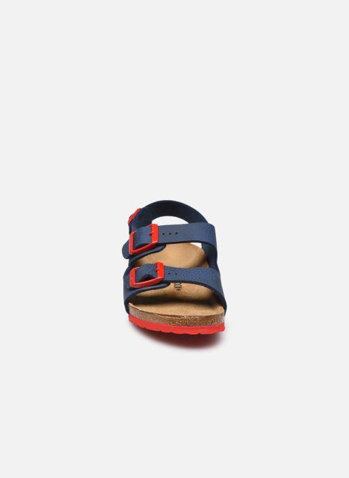 Sandali e scarpe aperte Birkenstock Milano Birko Flor Azzurro modello indossato