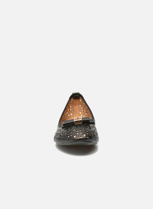 Ballerines Refresh Blanca 62079 Noir vue portées chaussures