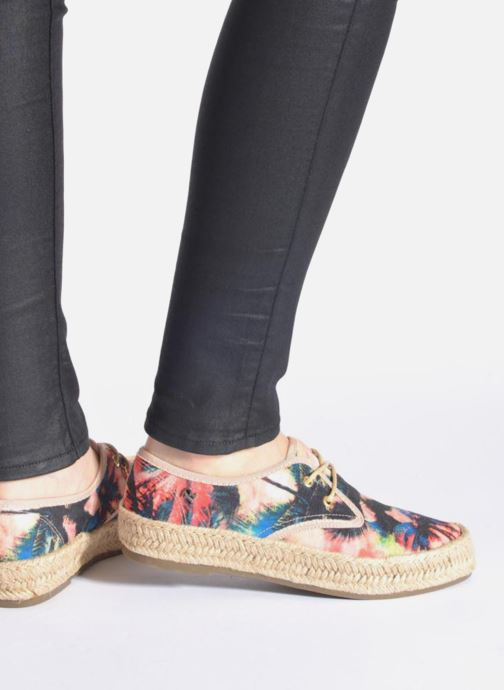 Lace-up shoes Refresh Petale 62086 Multicolor view from underneath / model view