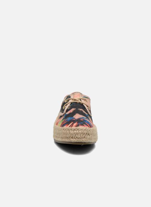 Scarpe con lacci Refresh Petale 62086 Multicolore modello indossato