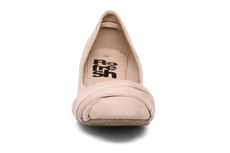 Zapatos de tacón Refresh Paradis 61762 Beige vista del modelo