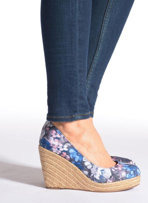 High heels Refresh Sunset 61720 Blue view from underneath / model view