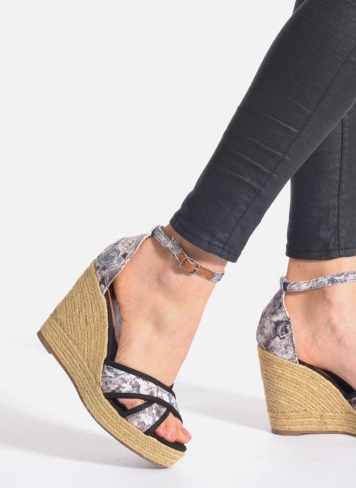 Sandales et nu-pieds Refresh Papaye 61717 Noir vue bas / vue portée sac