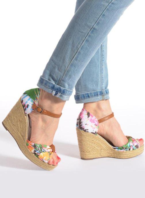 Sandalen Refresh Goyave 61719 mehrfarbig ansicht von unten / tasche getragen