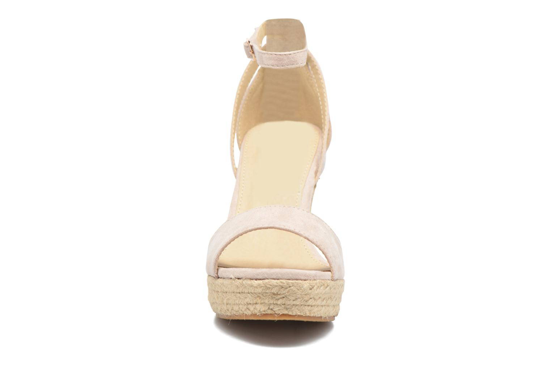 Sandali e scarpe aperte Refresh Sunlight 62011 Beige modello indossato