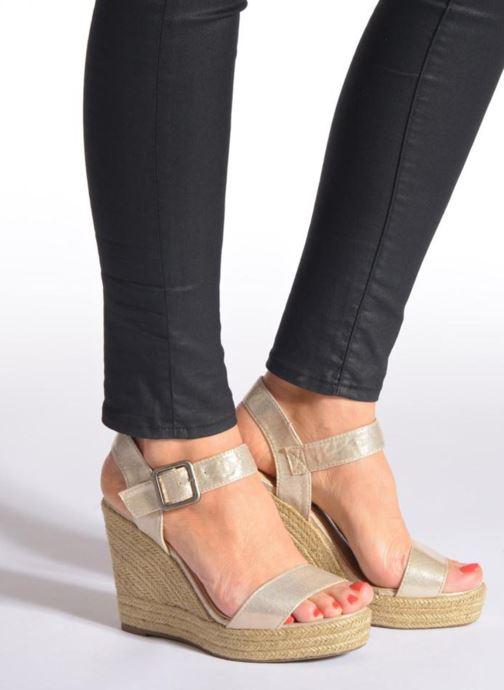 Sandales et nu-pieds Refresh Corail 61772 Or et bronze vue bas / vue portée sac