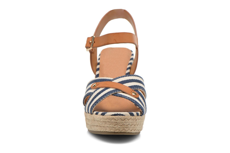 Sandales et nu-pieds Refresh Marin 62088 Bleu vue portées chaussures