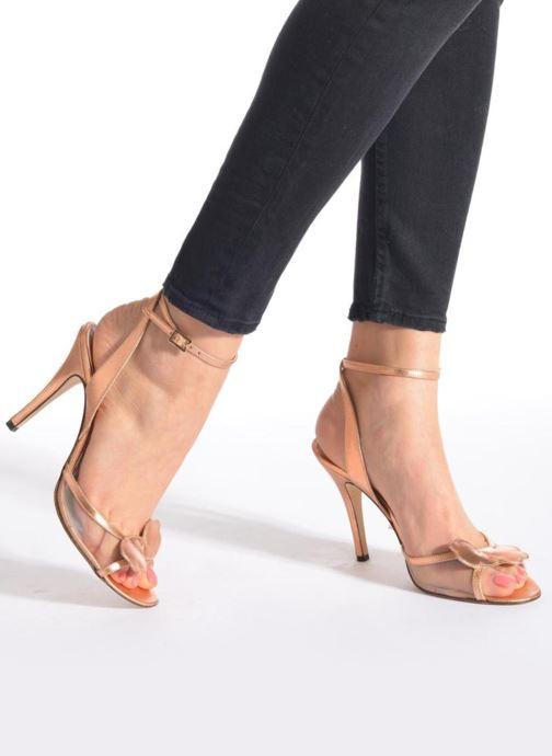 Sandales et nu-pieds Fred Marzo Marguerite Multicolore vue bas / vue portée sac