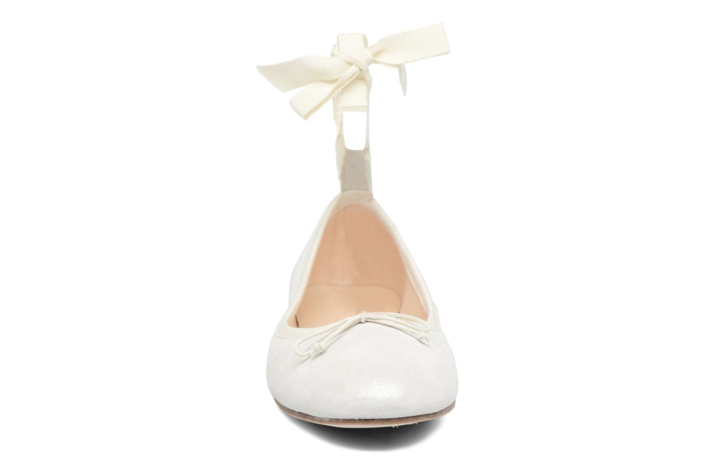Ballerines Opéra national de Paris Eaton Blanc vue portées chaussures