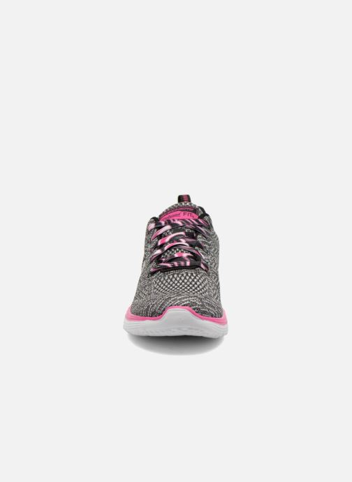 Zapatillas de deporte Skechers Valeris Kool Thing Gris vista del modelo