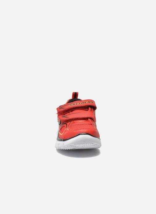 Sneakers Skechers Flex Advantage-Mini Rush Rosso modello indossato