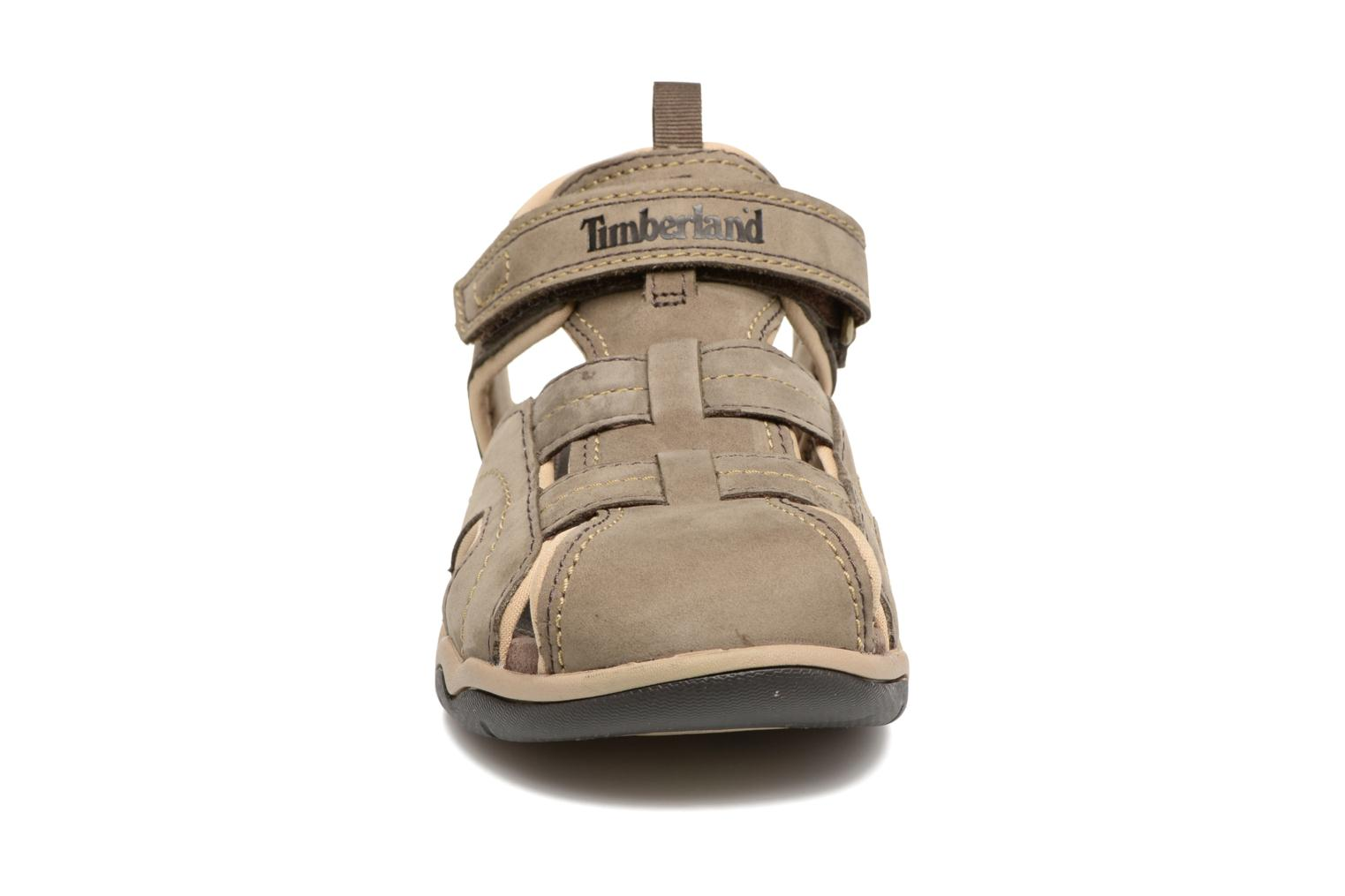 Sandales et nu-pieds Timberland Oak Bluffs Leather Fisher Gris vue portées chaussures
