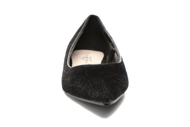 Ballerines Divine Factory Koyama Noir vue portées chaussures