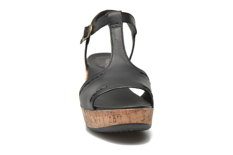 Sandales et nu-pieds Hush Puppies Blakely Durante Noir vue portées chaussures