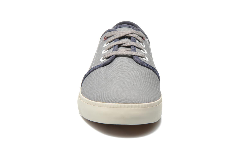 Baskets Timberland Newport Bay Canvas Plain Gris vue portées chaussures