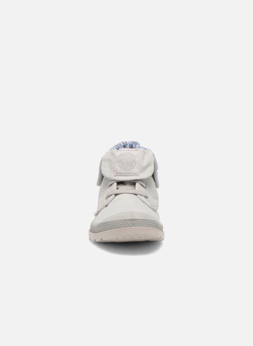Bottines et boots Palladium Baggy Low Zip LP K Gris vue portées chaussures