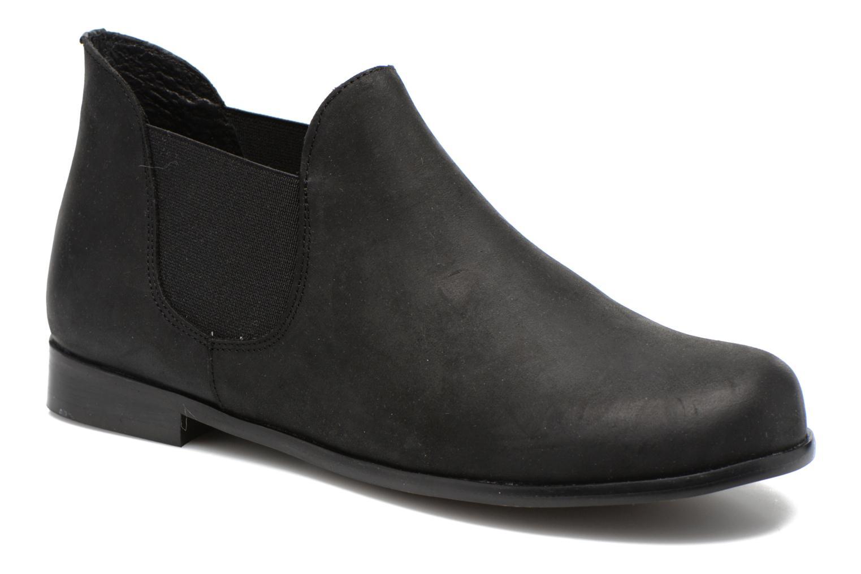 Bottines et boots Buffalo Léna Noir vue détail/paire