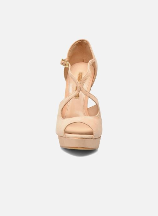 Sandalen Buffalo Alicia beige schuhe getragen