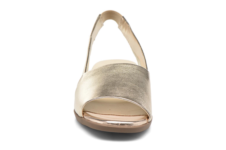 Sandales et nu-pieds Aerosoles Cush Flow Or et bronze vue portées chaussures