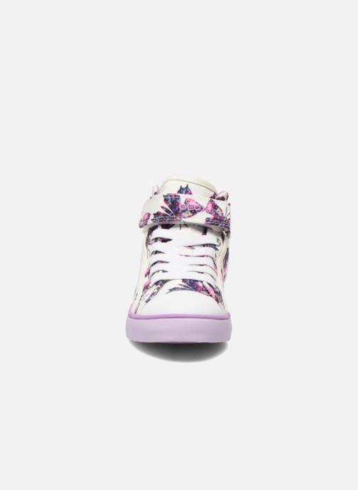 Sneakers Geox J Ciak G. C J6204C Viola modello indossato