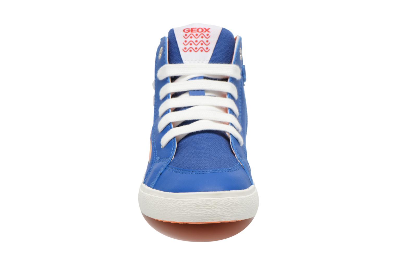 Sneakers Geox J Kiwi B. C J62A7C Azzurro modello indossato