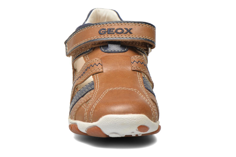 Chaussures à scratch Geox B Balu' B. B B6236B Beige vue portées chaussures