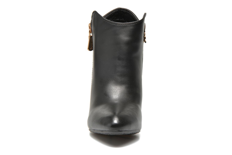 Bottines et boots Xti Nihau Noir vue portées chaussures