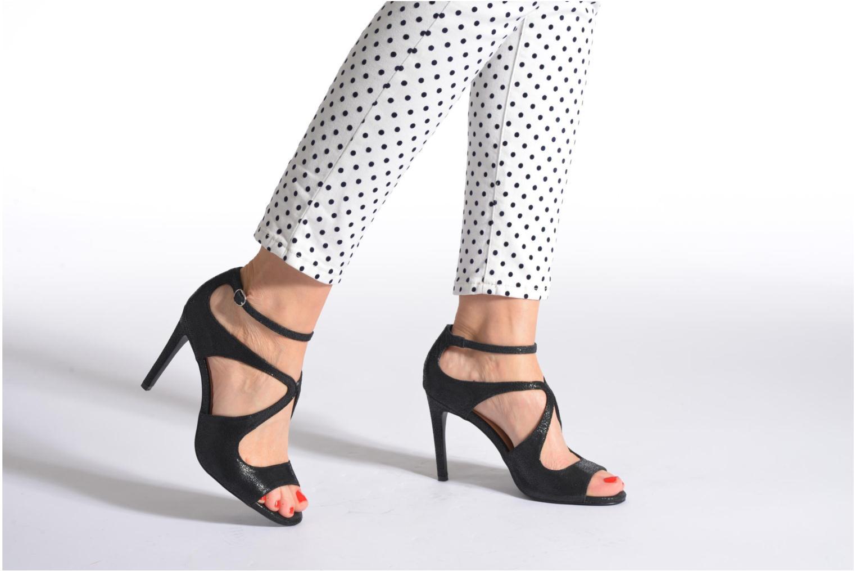 Sandales et nu-pieds Jonak Lysa Noir vue bas / vue portée sac