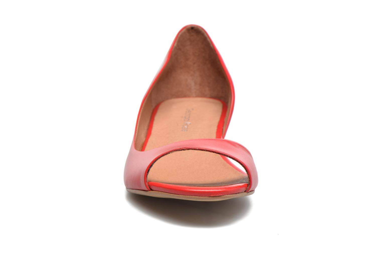 Ballet pumps Georgia Rose Emoto Red model view