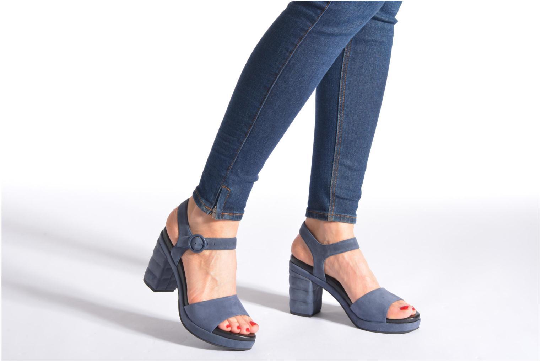 Sandales et nu-pieds What For Kanye Bleu vue bas / vue portée sac